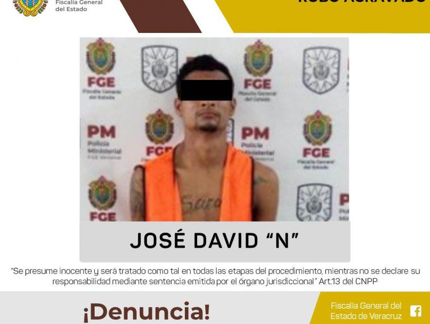 Ministeriales lo detienen por robo agravado